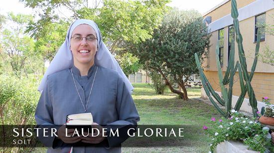 Sr Laudem Gloriae